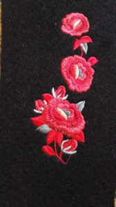 hafty na suknie