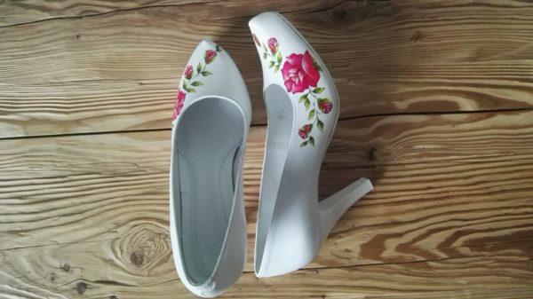 ślubne buty góralskie, malowane ręcznie