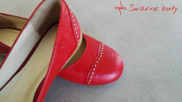 goralskie czerwone baleriny ślubne