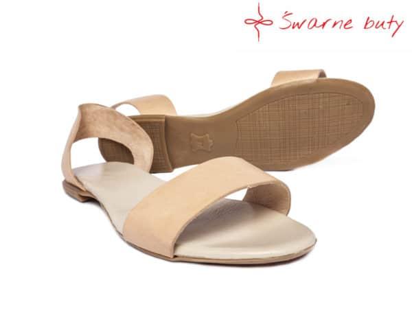 Minimalistyczne sandały